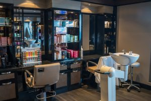 beauty-salon-fryzjerski